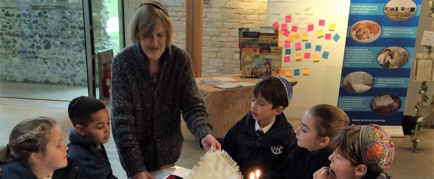 Year 4 attend the Jewish Living Exhibition at Norwich Cathedral