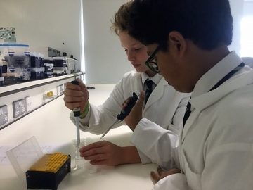 Town Close School Year 7 scientists visit the John Innes Centre